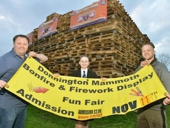 Countdown to big Donnington fireworks display despite signs hitch