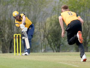 Graham Wagg batting for Shropshire.