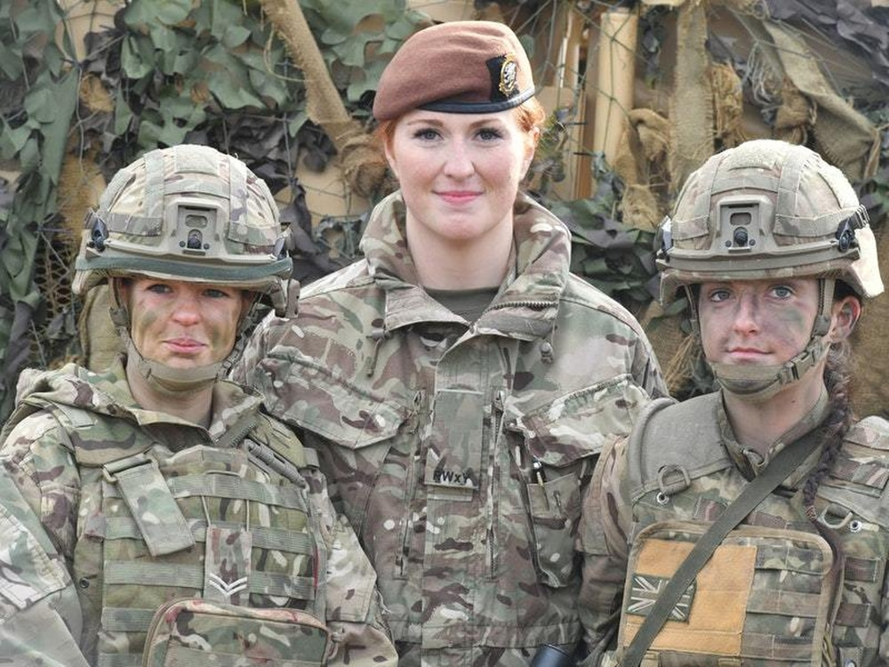 women will be able to join sas  defence secretary