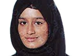 Shamima Begum: Home Secretary vows to prevent return of Britons who join IS