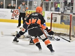 Late strikes prove too much for Telford Tigers