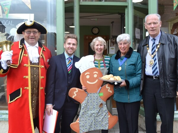 Market Drayton festival trail draws hundreds of families