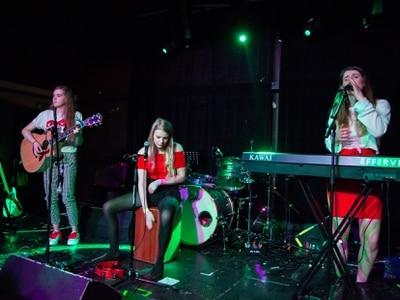Shropshire unsigned trio Effervescent rising in harmony