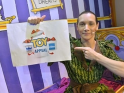 Oakengates panto stars back our toy appeal