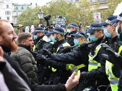10 people arrested at central London anti-lockdown demonstrations