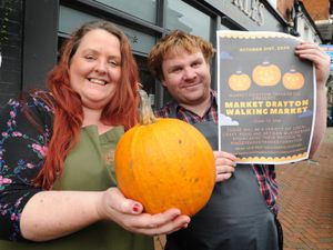 Promoting this month's walking market are Vivienne Derricutt of Flores Diem and Dan Thomas of the Refill Emporium