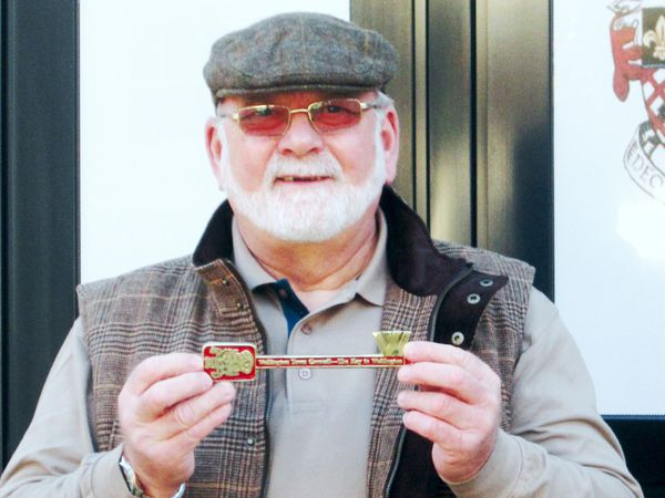 "Allan with the ""Key To Wellington"""