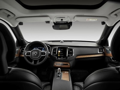Volvo to introduce in-car cameras to intervene on distracted or intoxicated driving