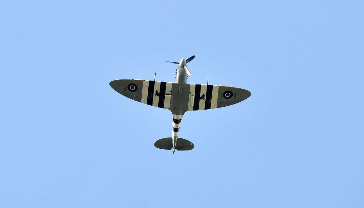 A spitfire flies above the Quarry in Shrewsbury