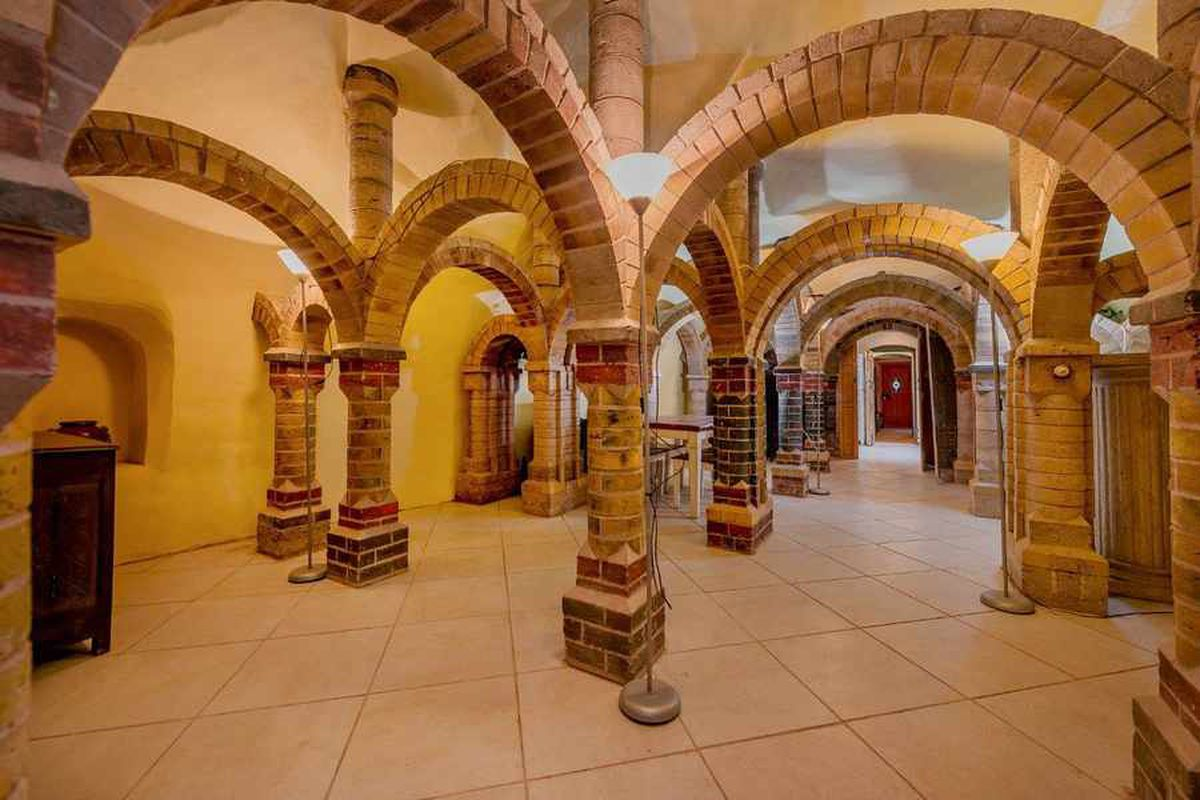 Pillars and a cave: Bridgnorth cottage is a real work of art
