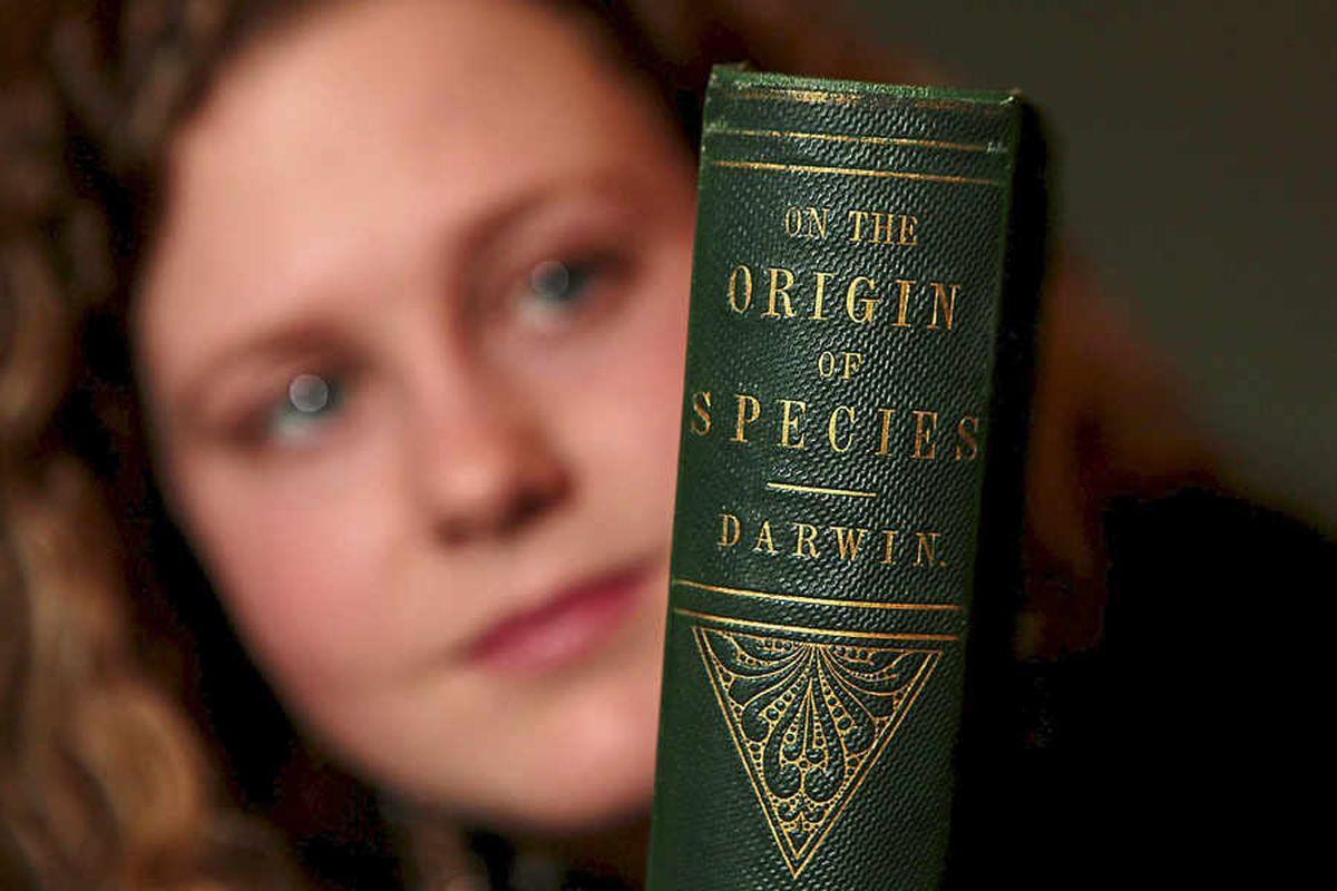 Rare Charles Darwin book sells for £26,000