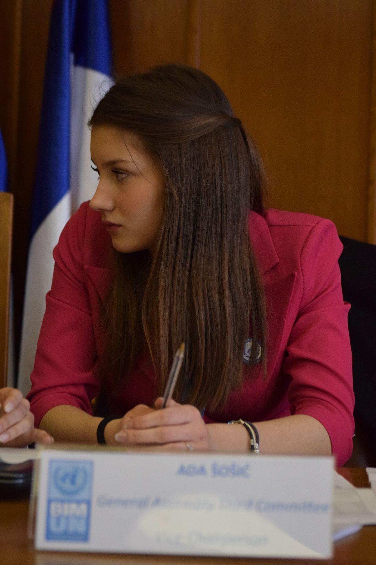 Ada Sosic, 17