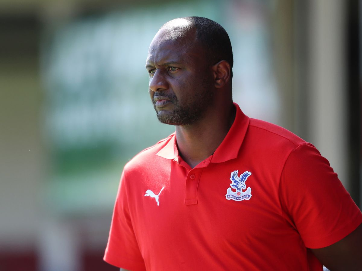 Crystal Palace manager Patrick Vieira held talks over a move to Tottenham at the end of his playing career