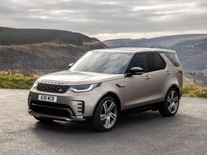 First Drive: Is the 2021 Land Rover Discovery the ultimate do-everything family SUV?