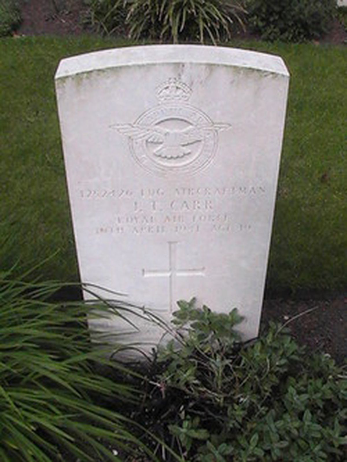 The grave of John Toplis Carr at Brookwood Military Cemetery.
