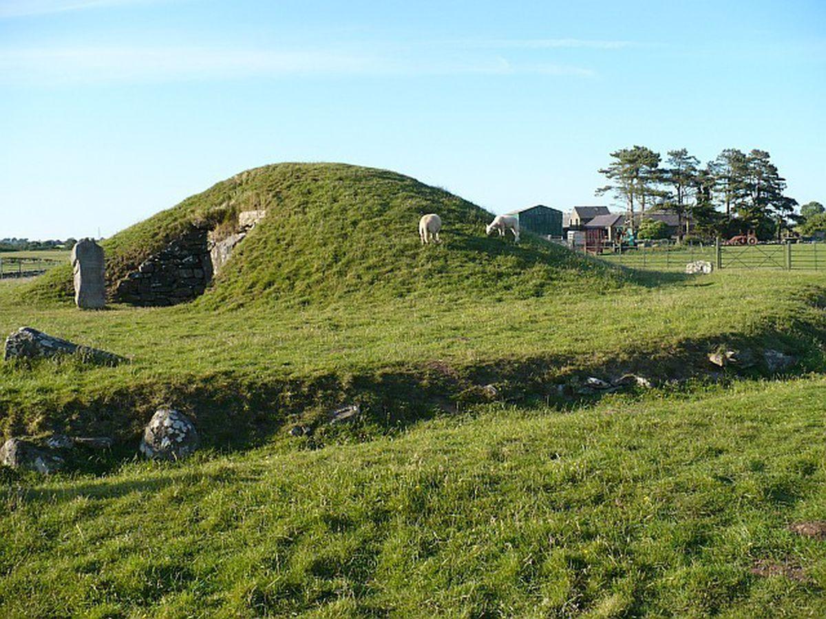Bryn Celli Ddu - burial chamber near Llanddaniel Fab on Ynys Mon/Anglesey.