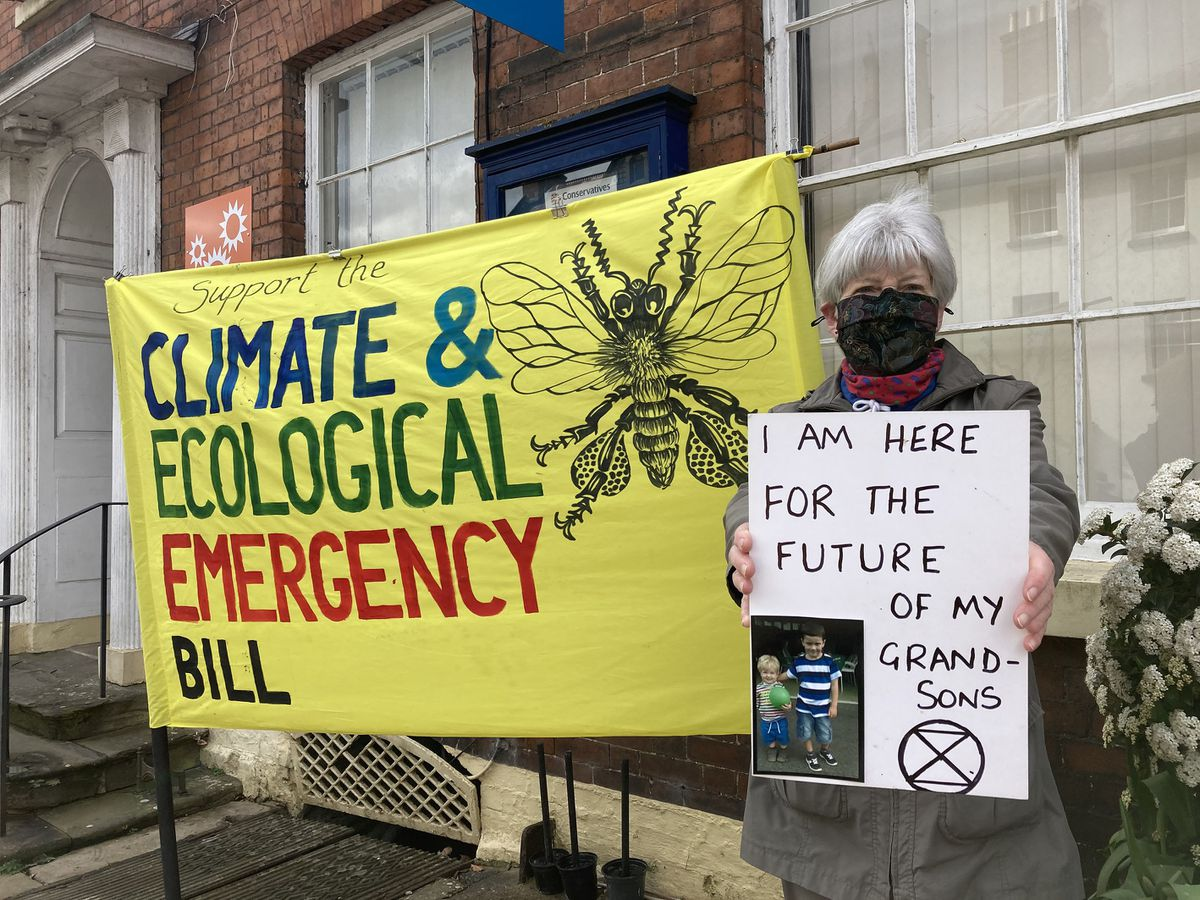 Green Party member Linda Senior calls for climate action