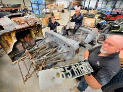 Original E-Type Jaguar to get rebuild in Shropshire - with pictures