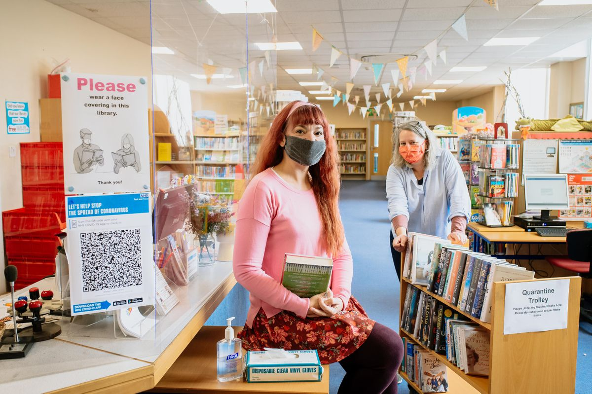 Tara Lewis, left, and Rachel Hawes are encouraging book lovers to return to Bishops Castle Library, housed in Enterprise House