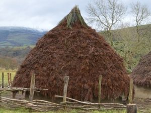 Out Of Eden - Stone Age Farm at New Chapel near Llanidloes