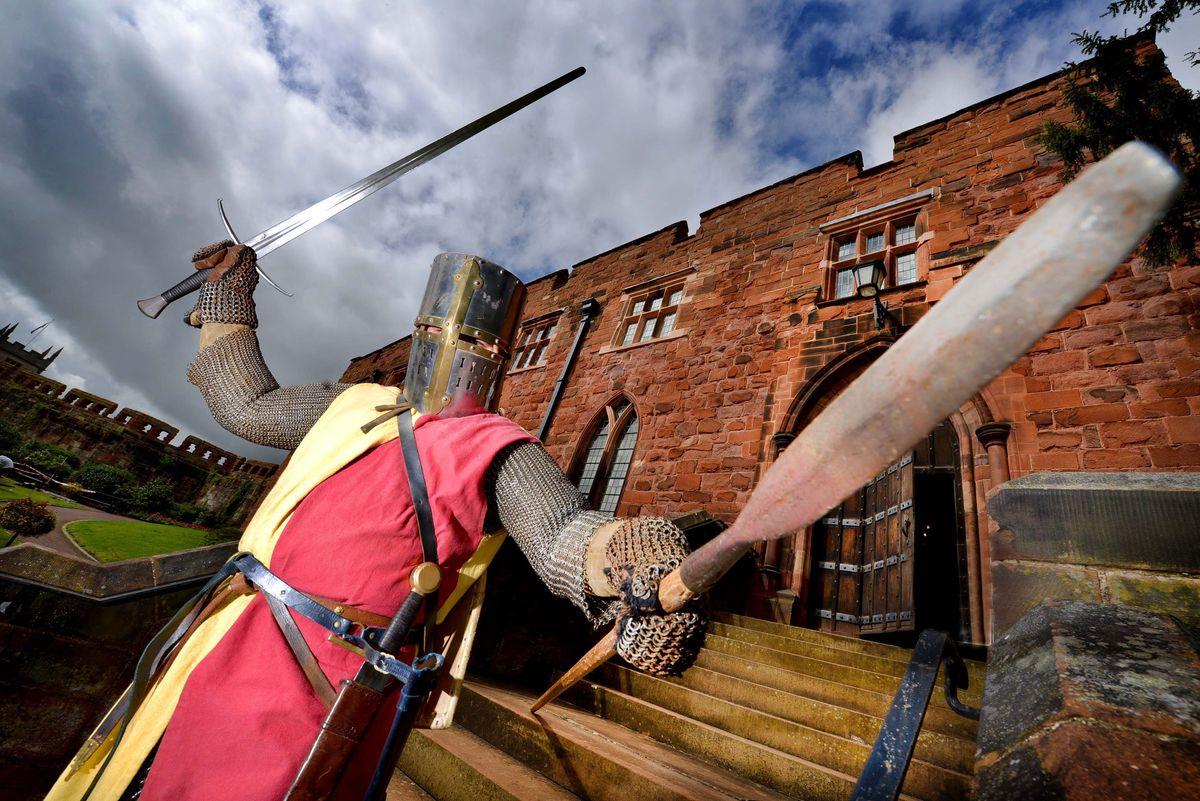 Matthew Godwin, a school History Teacher, from Shrewsbury, dressed as a Knight circa 1250 with Les Miles Des Marches Shrewsbury Levy