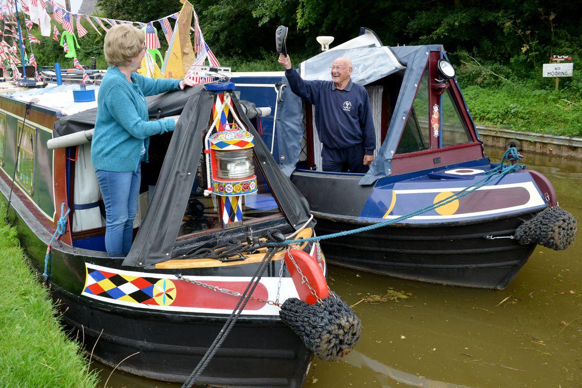 Helen Newall greets Bob Holgate