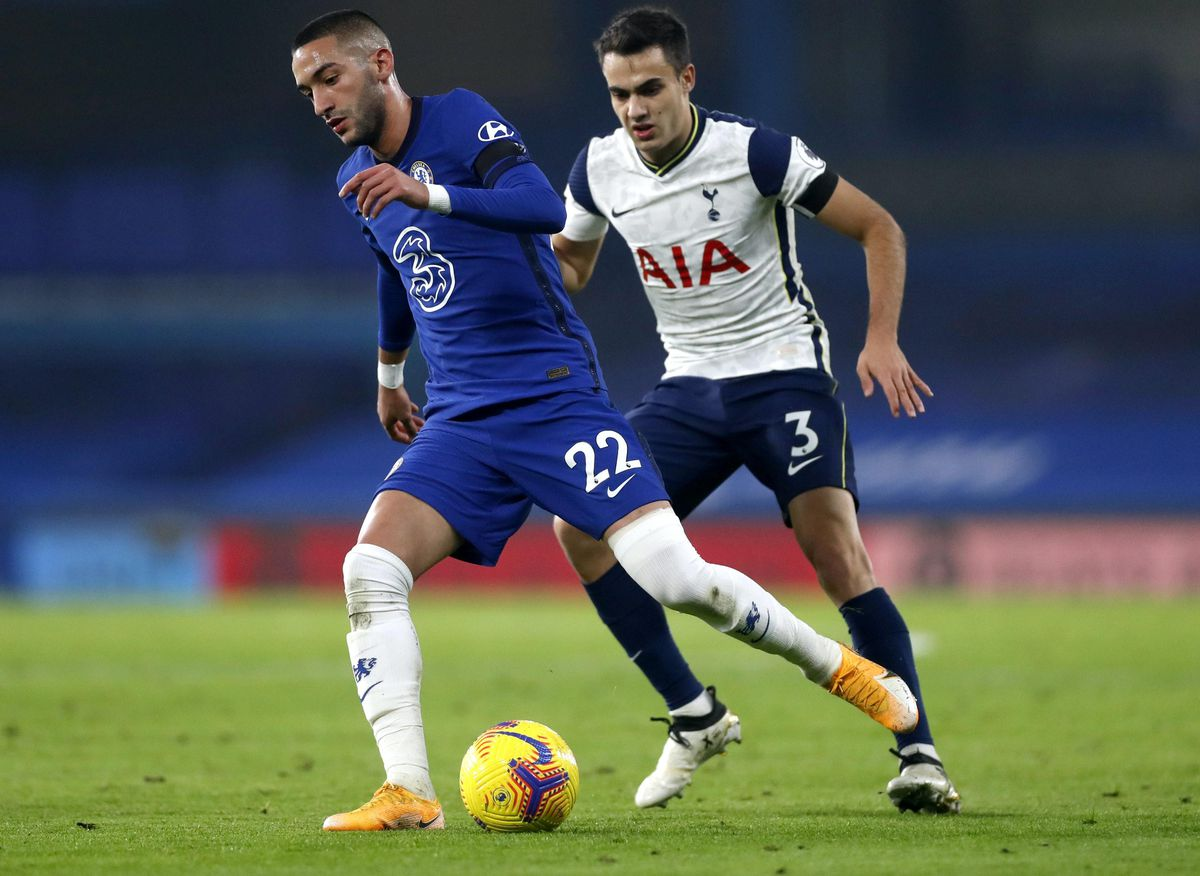 Chelsea boss Frank Lampard does not think it is a coincidence that Chelsea's results have dipped since Hakim Ziyech (left) suffered a hamstring injury