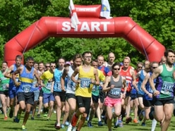 Thousands make Market Drayton 10k a real runner - with pictures and video
