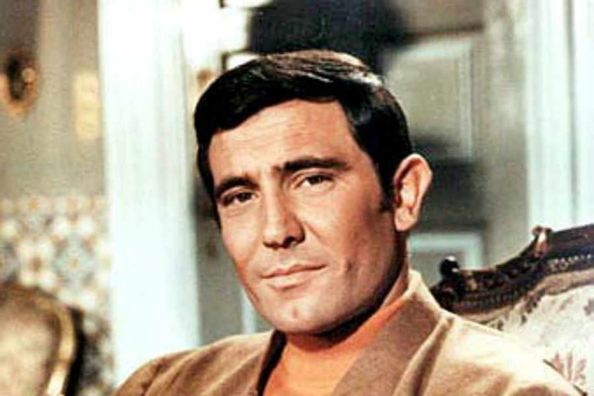 Bond star George Lazenby heading to Shropshire to film new Dracula movie