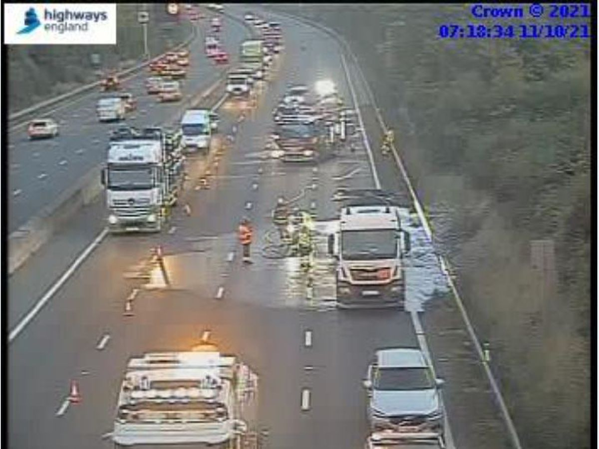 One lane has been opened on the M5