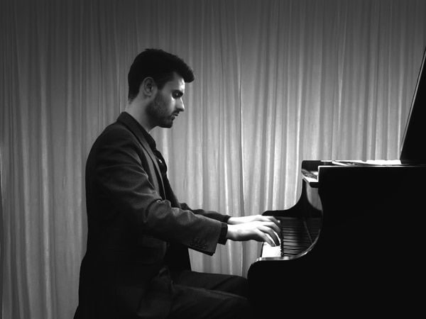 Award-winning pianist to celebrate new Telford music school with concert
