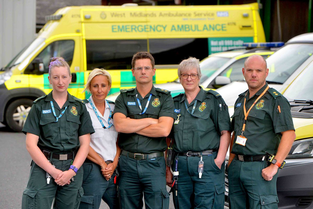 Dan Stretton with Clare Eccleston, paramedic, Linda Butler, clinical team mentor, Tracy Stephens, technician, and Matt Newell, operations manager