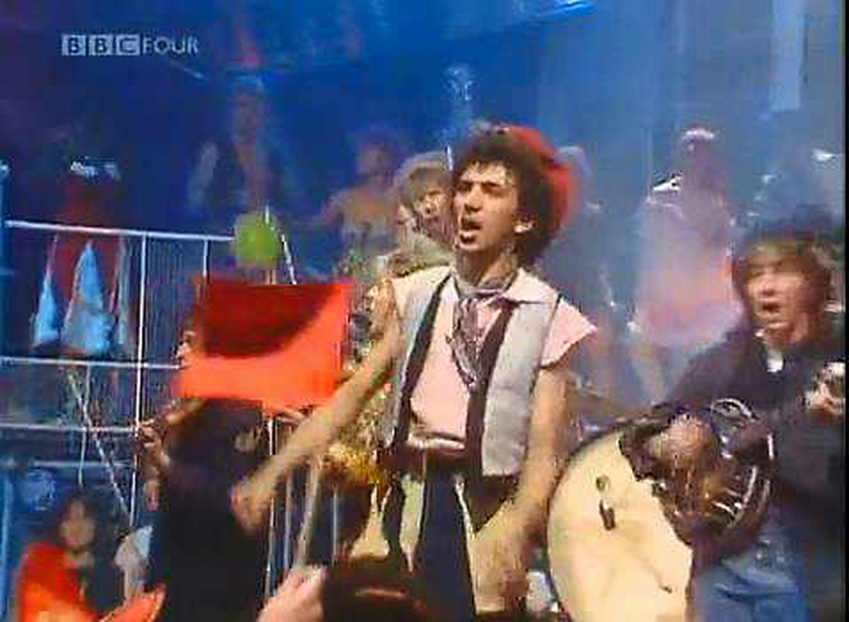 Kevin Rowland with Dexy's on TOTP