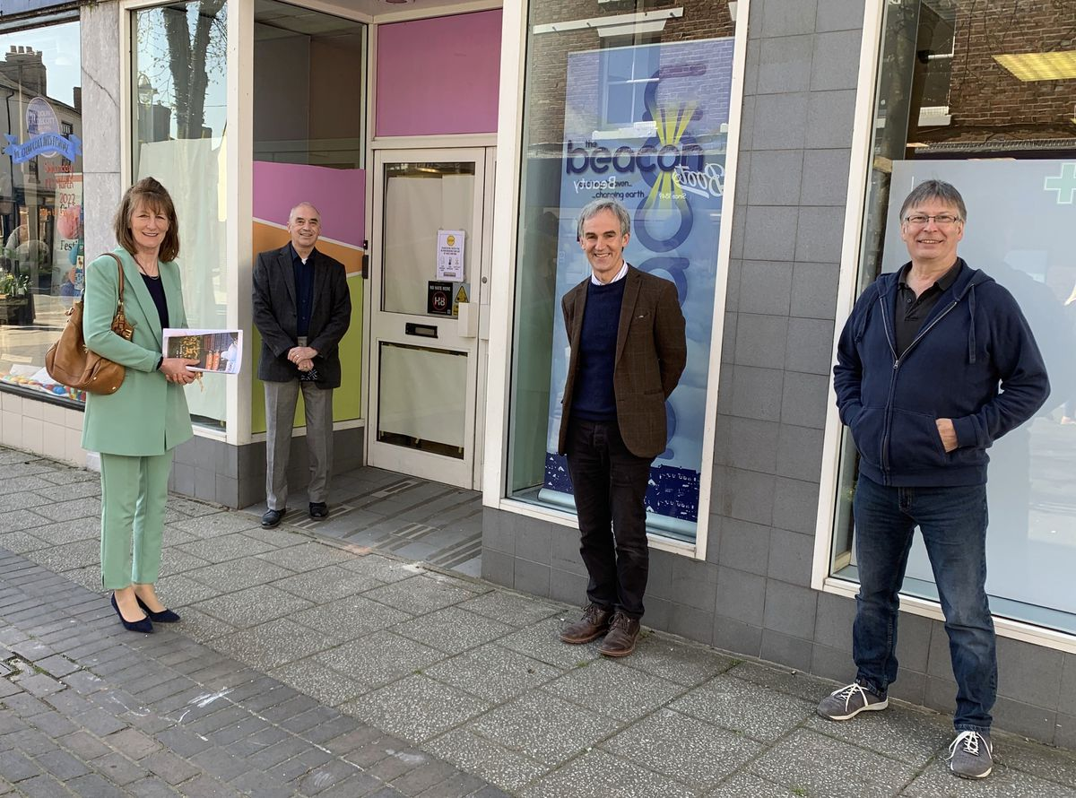 Anna Turner with David WIlliams, Dr James Muir and Glyn Chapman outside Watergate Centre