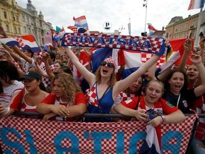 Tens of thousands hail Croatia's return from World Cup heroics