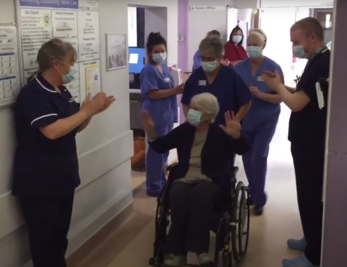 Beryl Hewlett is given an emotional send-off as she leaves hospital four weeks after contracting coronavirus