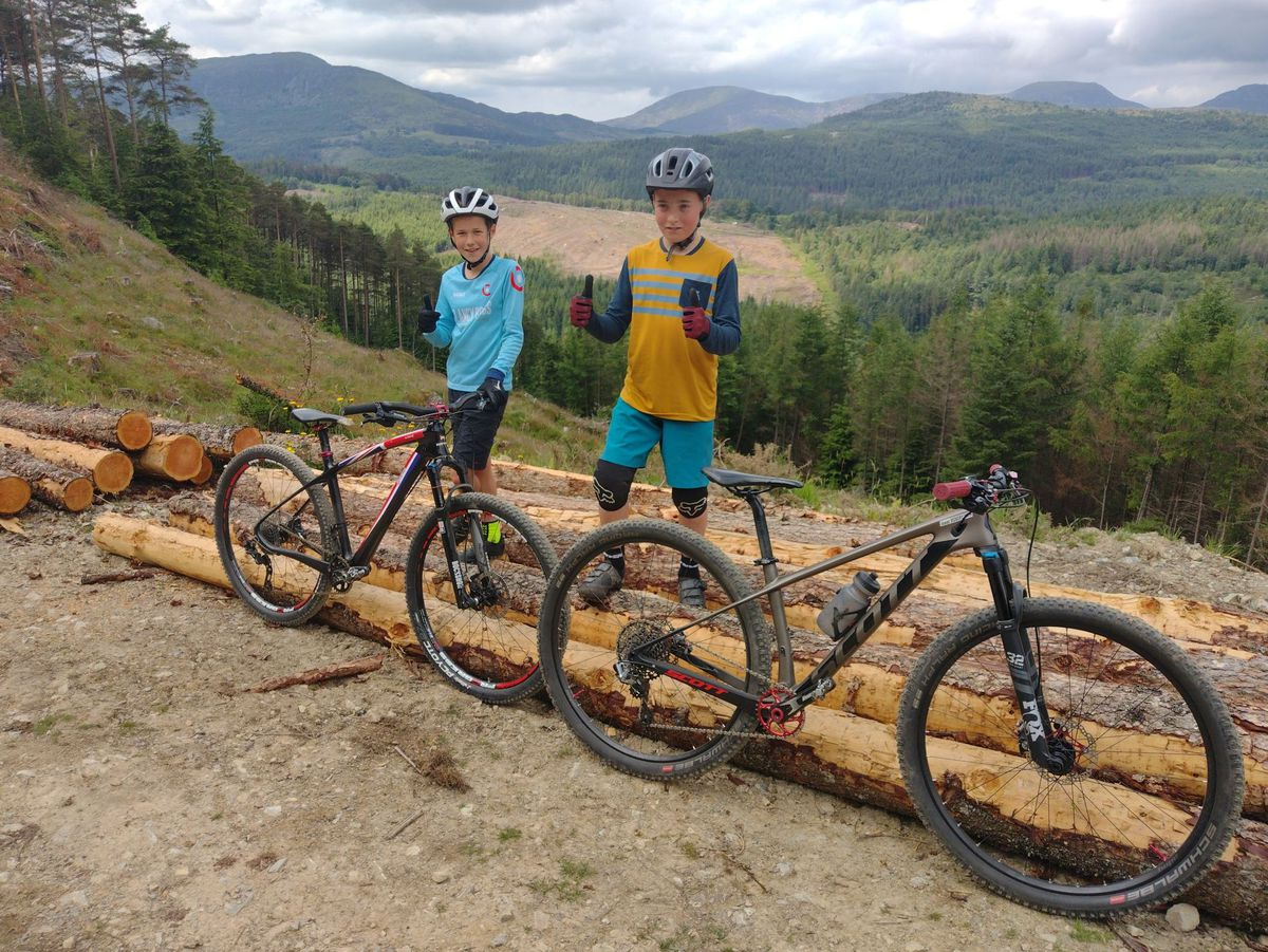 Keen cyclists Isaac Vickery and Joe Wooliscroft are looking forward to the 100-mile challenge in aid of Hope House