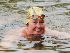 Nurse Melissa hopes to be in Severnth heaven with record swim