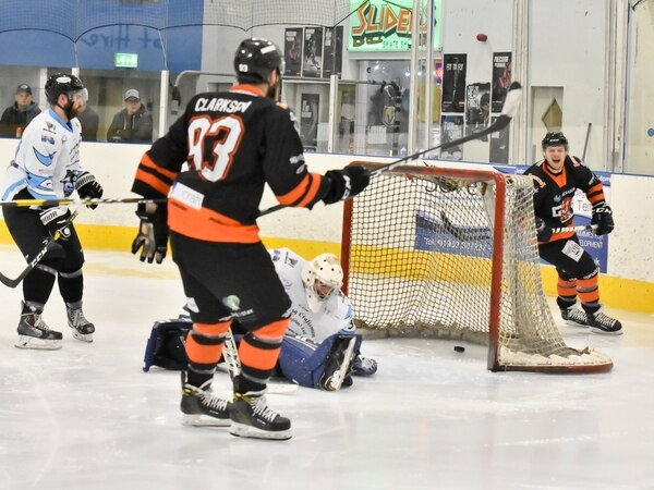 University of Wolverhampton join forces with Telford Tigers
