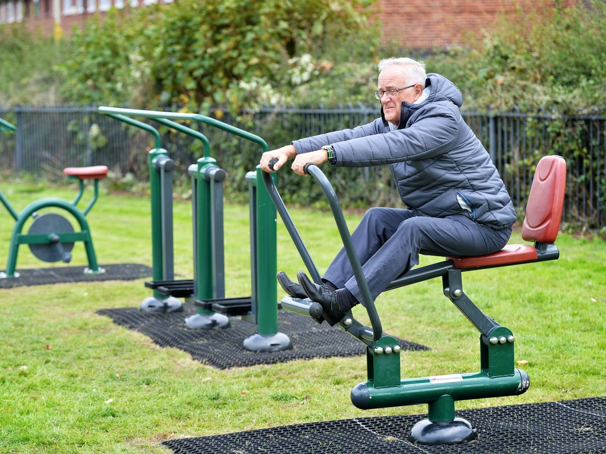 New outdoor exercise equipment comes to Market Drayton ...