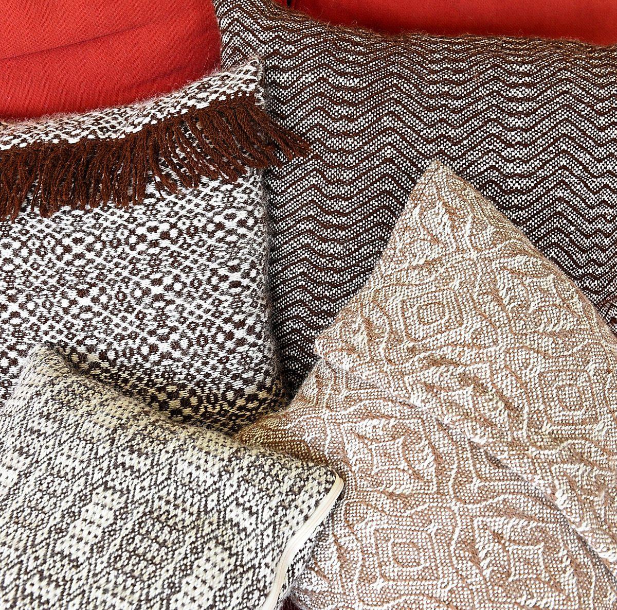 Nice weave – some of the alpaca wool fabrics