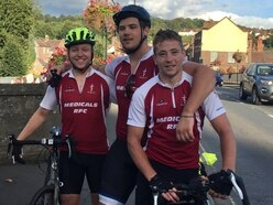 Trio stop off in Bridgnorth on tribute trip from John O' Groats to Land's End in memory of tragic friend