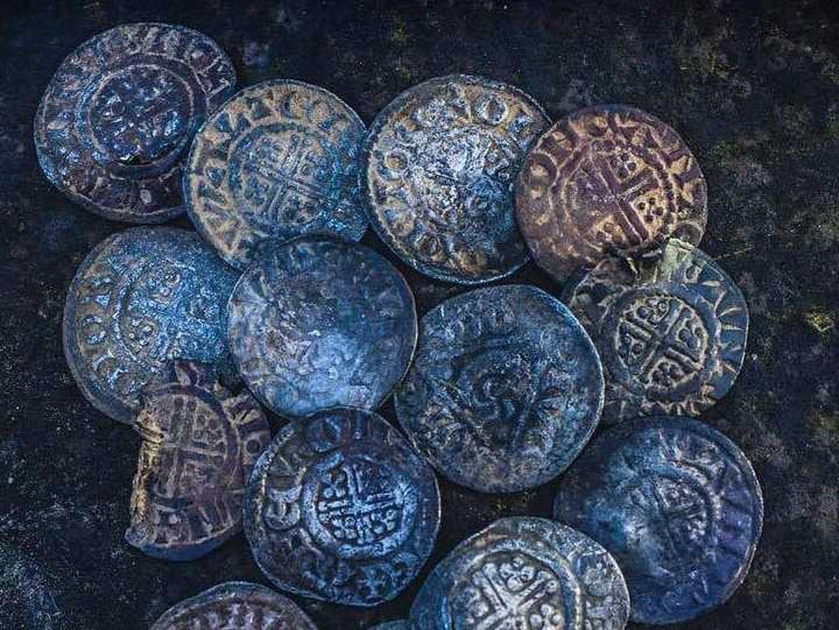 Short cross coins found near Oswestry