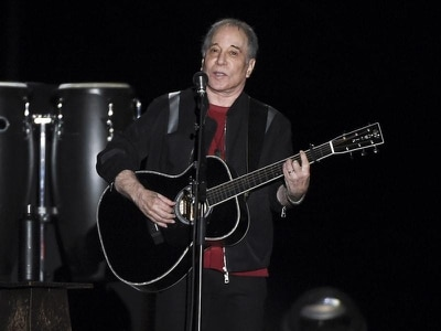 Singer-songwriter Paul Simon honoured for his love of poetry