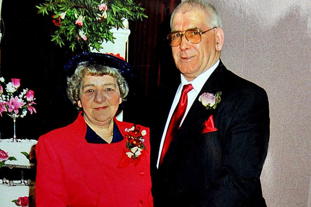 Bridgnorth crash tragedy couple were found holding hands ...