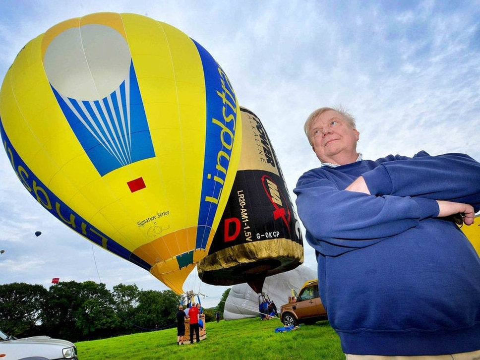 Lindstrand helps Oswestry balloon festival rise again