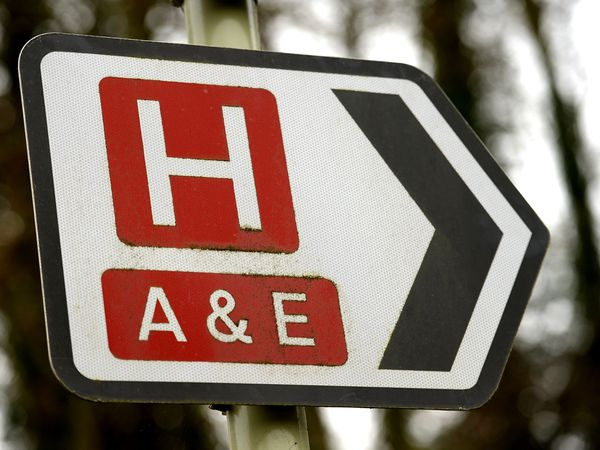 A Hospital and A&E road sign