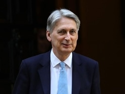 No-deal Brexit will leave UK 'at mercy of French' warns Hammond