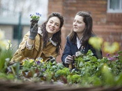 Gardeners' World star gets competition going with Shropshire visit