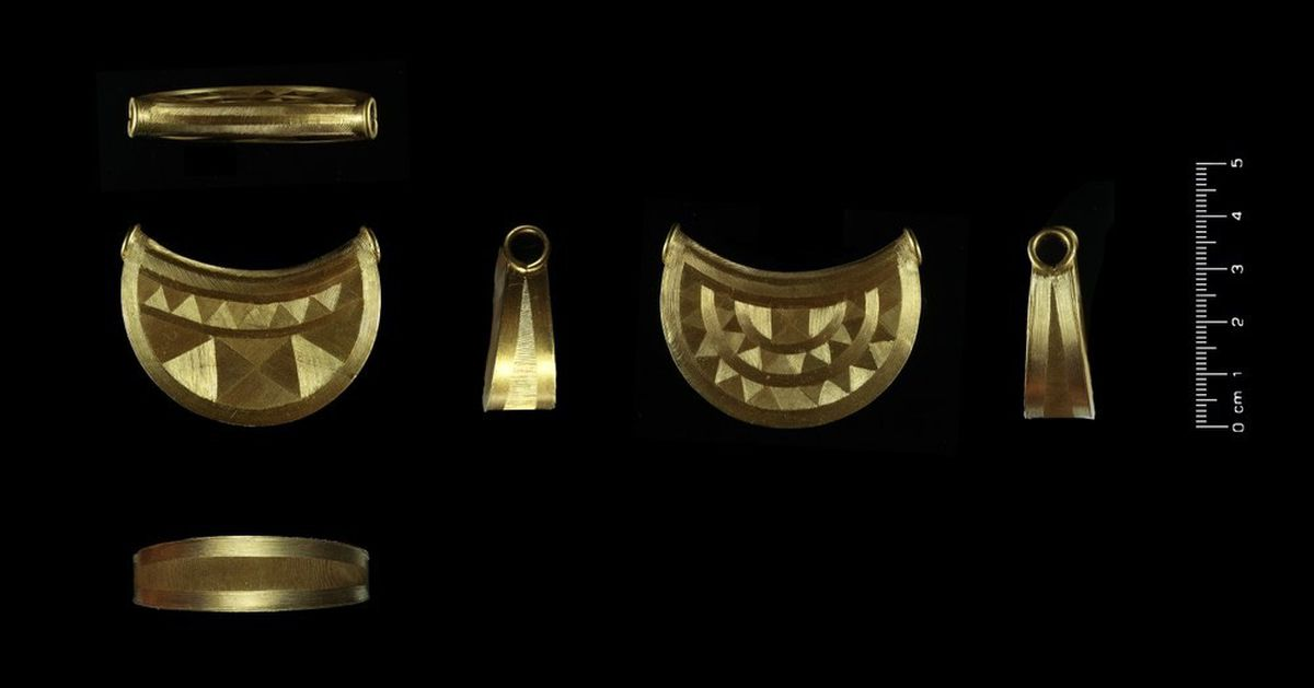 The Bronze Age gold bulla found in Shropshire. Photo: British Portable Antiques Scheme.
